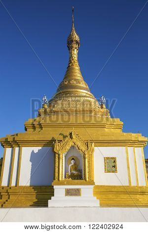 Taung Kwe Paya, an unusual buddhist temple erected on big rocks. It is the most famous temple of kaya state, Loikaw in Myanmar.