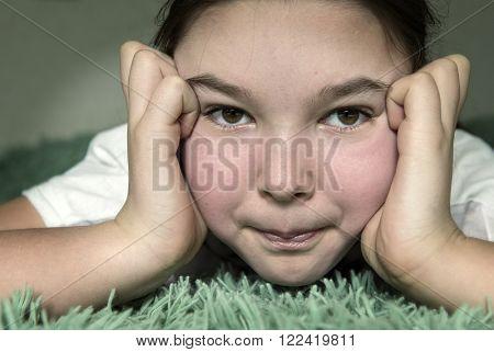 9-10 years old teen girl