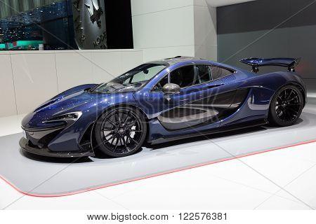 Mclaren P1 Plug-in Hybrid Sports Car