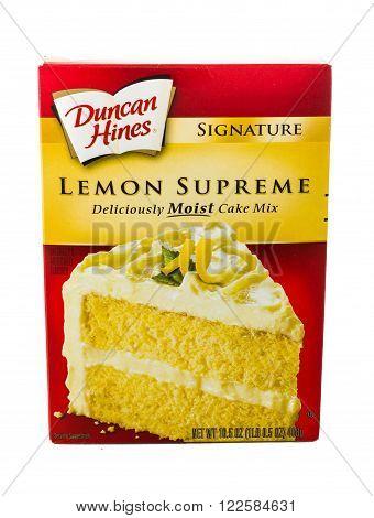 Winneconne WI - 5 February 2015: Box of Duncan Hines Lemon Supreme cake mix.