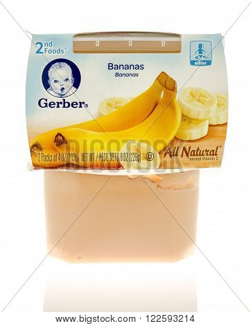 Winneconne, WI - 19 Nov 2015: Package of Gerber banana all natural baby food