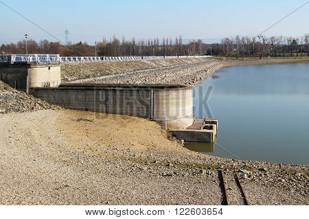 dike of a dam revealed during the lack of water