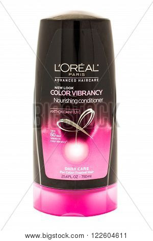 Winneconne WI - 19 April 2015: Bottle of Loreal Paris color vibrancy conditioner.