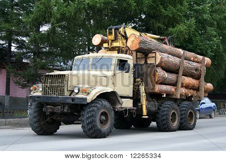 Timber lorry