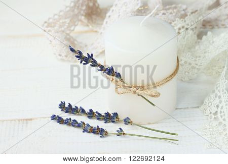 Candle decor ideas. Candle with lavender twigs, twine, lace.