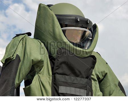 Bombe Beseitigung Anzug