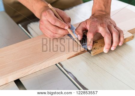 Cabinet maker marking board for cutting