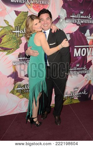 LOS ANGELES - JAN 13:  Kristy Swanson, Dean Cain at the Hallmark Channel and Hallmark Movies and Mysteries Winter 2018 TCA Event at the Tournament House on January 13, 2018 in Pasadena, CA