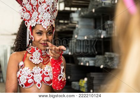 Brazilian women contesting who will be the queen of carnival