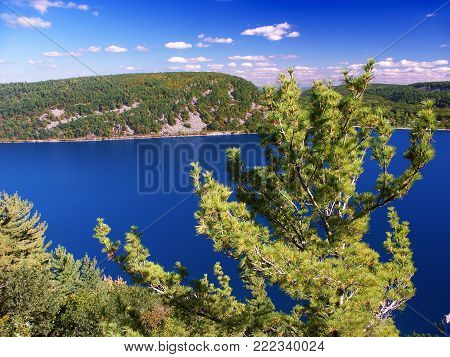 Devils Lake State Park Is Located Near Wisconsin Dells And Has Spectacular Scenery