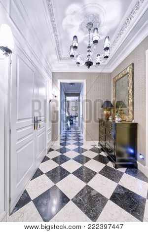 lobby, corridor,hall, entrance,country house, apartment ,luxury real estate,home, mansion,property, luxury, wealth, door, floor,wood, marble,tile, stone, architecture,interior design, modern ,family, repair,design,classic, style,mirror,parquet,wardrobe, r
