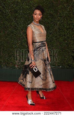 LOS ANGELES - JAN 15:  Sonequa Martin-Green at the 49th NAACP Image Awards - Arrivals at Pasadena Civic Center on January 15, 2018 in Pasadena, CA