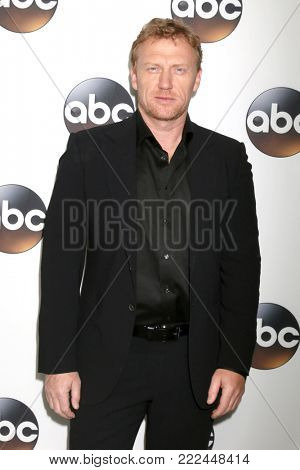 LOS ANGELES - JAN 15:  Kevin McKidd at the 2018 NAACP Image Awards at Convention Center on January 15, 2018 in Pasadena, CA