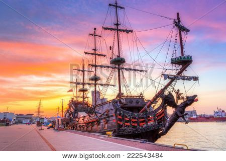 Pirate ship in Gdynia harbour at sunset, Poland
