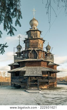 Wooden Transfiguration Church - a monument of wooden architecture of the XVIII century. Old traditional Russian church in frosty winter day. Suzdal. Russia. Museum of wooden architecture in Suzdal.