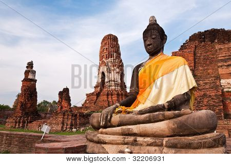 Ancient image buddha statue in ayutthaya