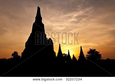 Chaiwatthanaram ancient Temple Silhouettes
