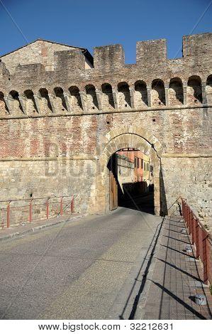 Porta Nova (Colle di Valdelsa)