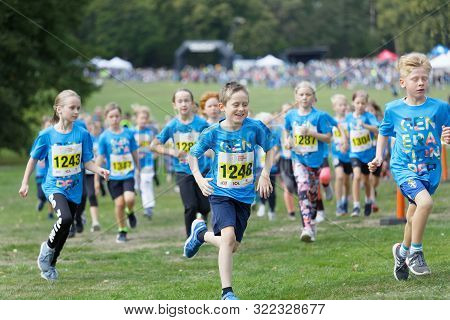 Stockholm - Sept 08, 2019: Happy Kids Running During The Generation Pep Day In Hagaparken To Encoura