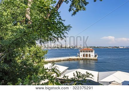 Moda,istanbul,turkey-june 22,2019.general View From Moda Pier In Istanbul.one Of The Symbols Of Kadı