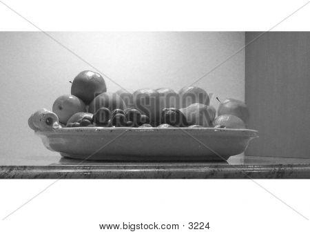 Fruit Bowl B/W