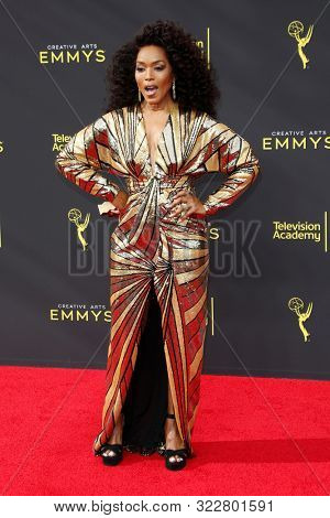 LOS ANGELES - SEP 14:  Angela Bassett at the 2019 Primetime Emmy Creative Arts Awards at the Microsoft Theater on September 14, 2019 in Los Angeles, CA