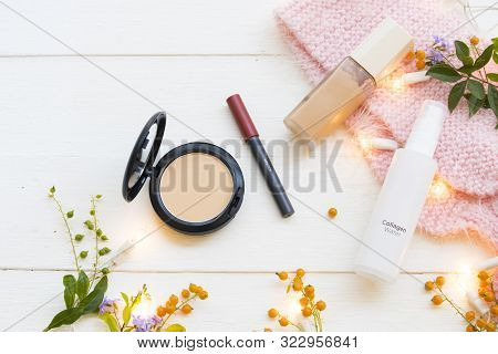 Pressed Powder ,lipstick Color ,foundation ,collagen Water Spray  Cosmetics Beauty Makeup For Skin F