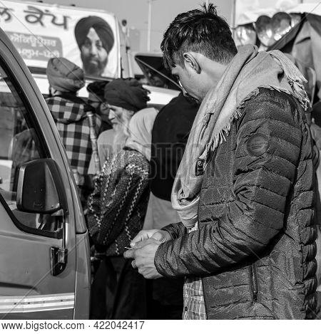 Gazipur, Delhi, India – December 25 2020 : Indian Sikh And Hindu Farmers From Punjab, Uttar Pradesh