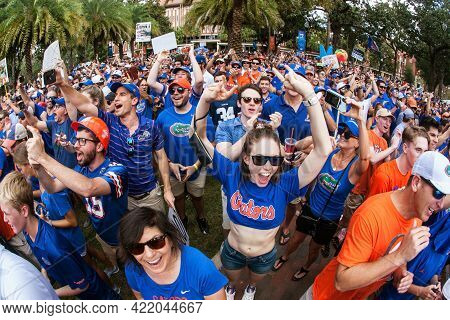 Gainesville, Fl/usa - October 5:  A Huge Throng Of University Of Florida Fans Cheer Wildly As They T