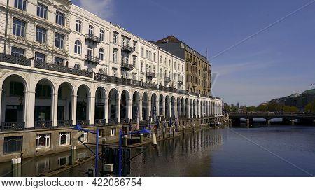 Beautiful Alster Arcades In The City Of Hamburg Called Alsterarkaden - Hamburg, Germany - May 10, 20
