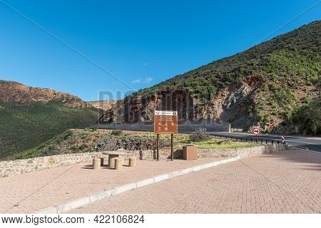 Calitzdorp, South Africa - April 6, 2021: Viewpoint On The Huisrivier Pass Near Calitzdorp In The We