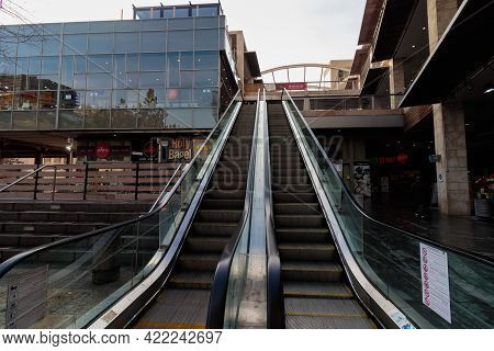 Jerusalem-israel. 01-27-2021. Ramot Mall Is Empty Of People, Because Of The Curfew Set By The Govern