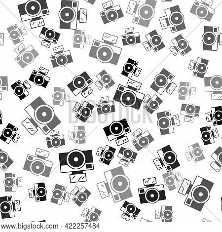 Black Photo Camera With Lighting Flash Icon Isolated Seamless Pattern On White Background. Foto Came