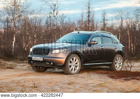 Novyy Urengoy, Russia - May 29, 2021: Crossover Vehicle Infiniti Fx45 In The Dry Tundra.