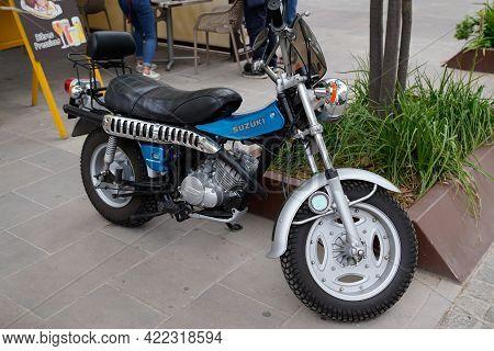 Bordeaux , Aquitaine France - 05 27 2021 : Suzuki Van Van Motorcycle Vintage Retro Motorbike 125cc P
