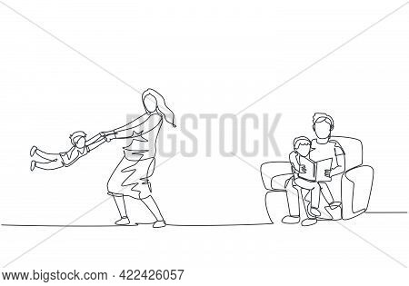 Single Continuous Line Drawing Of Young Father Sitting On Sofa And Reading Book To Son And Mother Pl
