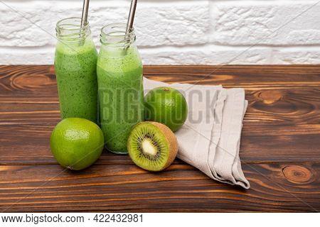 Fresh Green Detox Smoothies. Detox For Healthy Lifestyle, Ketone Diet, Raw Food Diet. Green Juice Sm
