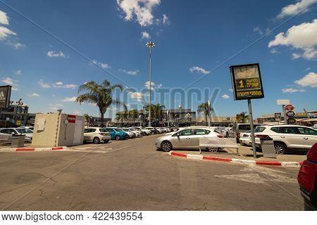 23-05-2021. Kiryat-ekron - Israel. The Parking Lot Of The Ofer Mall At Bilu Junction,