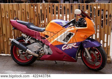 Bordeaux , Aquitaine France - 05 27 2021 : Honda Cbr 600 1991 Colorful Vintage Motorbike With Ancien