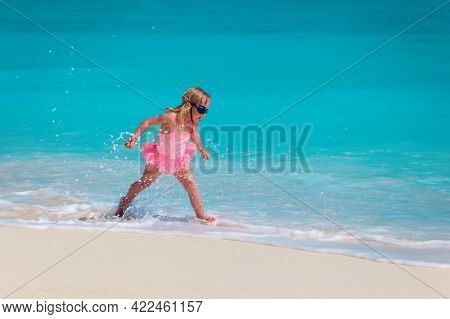 Happy Little Girl Play With Water On Beach, Family Vacation