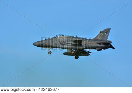 Labuan,malaysia-apr 24,2021:royal Malaysia Air Force Bae Hawk 208 Fighter Jet Landing At Labuan Airf