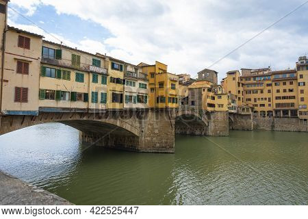 View To The Arno River And Old Bridge (ponte Vecchio) In Florence, Italy