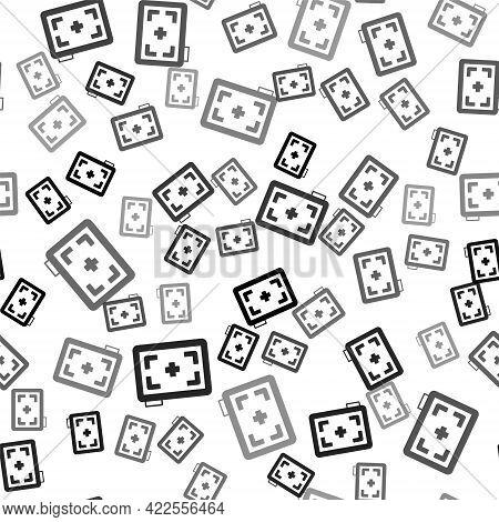 Black Photo Camera Icon Isolated Seamless Pattern On White Background. Foto Camera. Digital Photogra
