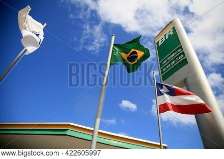 Salvador, Bahia, Brazil - May 26, 2021: Brazilian Flag On The Facade Of A Br Distribuidora Gas Stati