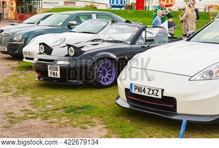 Southport, England, Uk - 9th September , 2017: Lancashire Traditional Car Show. Cars Standing With S