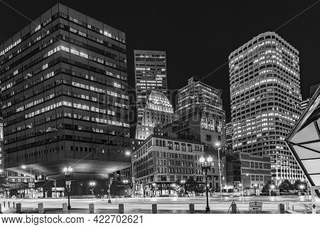 Boston, Usa - Sep 12, 2017: Famous Old Rail And Metro South Station In Boston By Night. South Statio