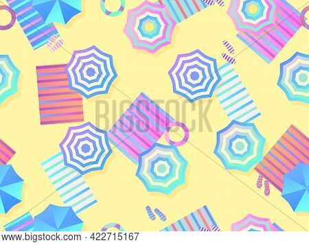 Beach With Umbrellas And Beach Towels. Seamless Beach, Top View. Gradient Colors. Beach Vacation. Su