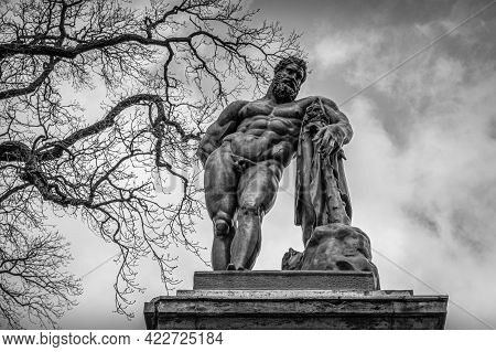 Bronze Monument To Farnese Hercules In The City Of Pushkin (tsarskoye Selo), Russia. Fyodor Gordeyev