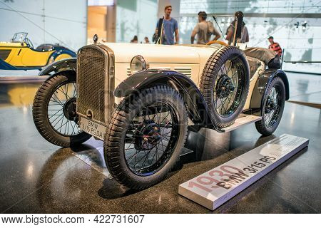 Munich, Germany - September 14, 2018: Bmw 3 15 Ps, 1930 Car In Bmw Museum In Munich.