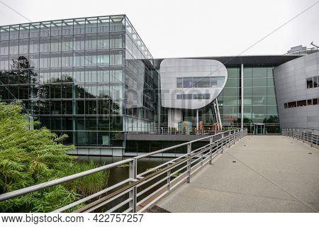 Germany Dresden - August 2015: Glaeserne Manufaktur. Glass Manufactory Volkswagen. New Glass Buildin